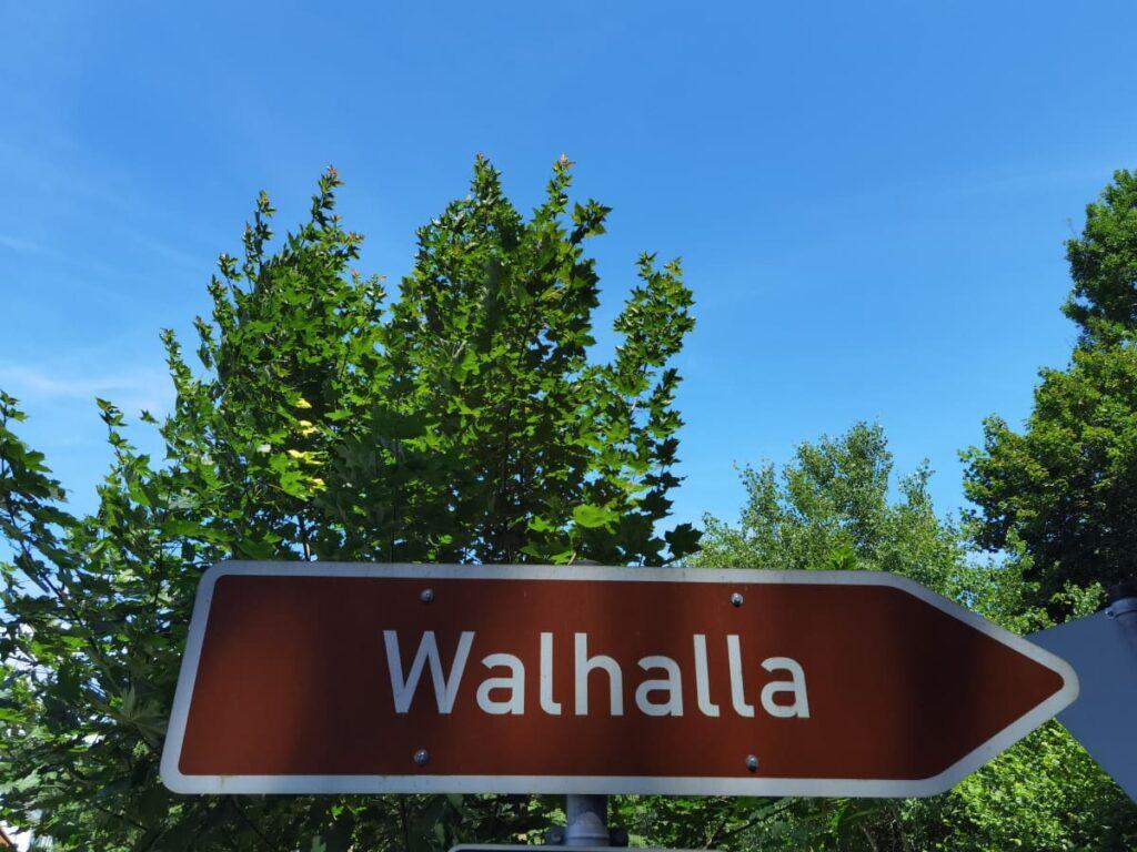 Walhalla Anfahrt - Dank Beschilderung leicht zu finden