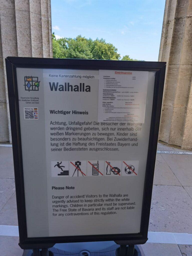 Walhalla Innenraum Regeln